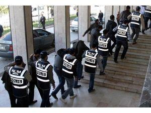 """""""Tefecilik"""" operasyonunda 8i tutuklama"""