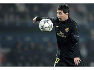 Barcelonanın Messili 10. yılı