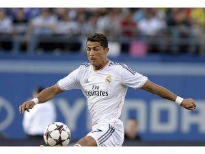 Ronaldo ödül törenine katılmayacak