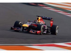Vettel ilk sırada başlayacak