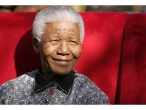 Nelson Mandela konuşamıyor