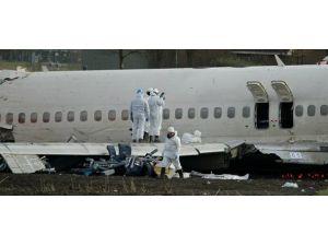 Rusyada yolcu uçağı düştü