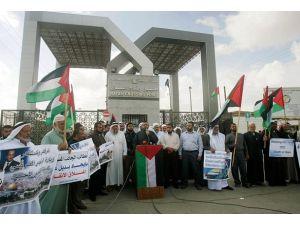Refahta sınır kapısı protestosu