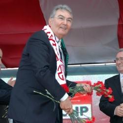 CHP Genel Başkanı Deniz Baykal