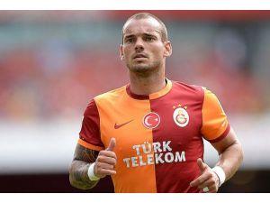 "Sneijderin ""hat-trick""i FIFAda"