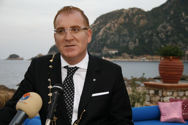 Erol Turanlıoğlu,