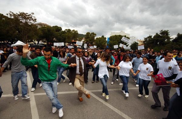Muğla Üniversitesi Bahar Şenliği Başladı