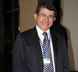 Davutoğlu Meclis Genel Kurulunda Milletvekili Yemini Etti.