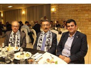 Marmaris Gençlik Spor Kulübü Pineta Club Otel'de dayanışma yemeği düzenledi