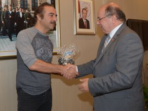 Yılmaz Erdoğan, Muğla Valisi Amir Çiçek'i makamında ziyaret etti