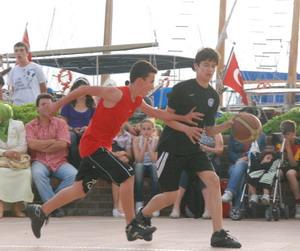 Sokak basketbolu turnuvası sonuçları