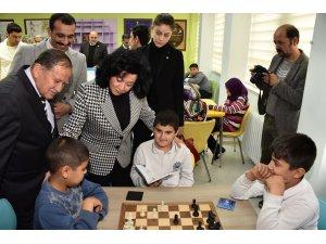 Vali Civelek, Köyceğiz'de Z-Kütüphane açılışına katıldı