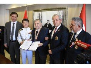 Kore gazisi, madalyasına 68 yıl sonra kavuştu