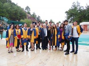 Marmaris Turizm Meslek Yüksekokulu 2017/ 2018 Dönemi Öğrencileri Mezun oldular