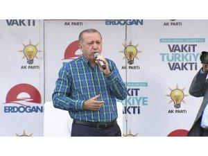 Erdoğan: Muharrem Bey imam hatiplere kafayı takmış