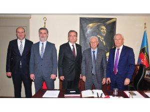 CHP'li Girgin'den Türkiye Şoförler ve Otomobilciler Federasyonu'na Ziyaret