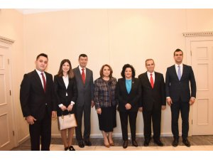 Vali Civelek'e 24 Kasım Öğretmenler Günü Ziyareti
