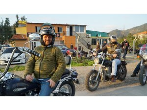 Serkan Yazıcı, motosikletine bindi