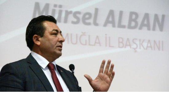"""CHP'Lİ ALBAN: """"TWEET ATAN İÇERDE, YUMRUK ATAN DIŞARDA"""""""