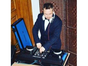 """""""DJ'lik Meslek Olarak Görülmüyor"""""""