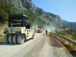 Söğüt-Bayır yolunda asfalt çalışmaları tamamlandı