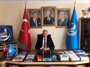 Başkan Demirel: Ülkücüler; Türk Milleti'nin ve Türkiye Cumhuriyeti'nin bağımsızlığı uğruna üzerine düşen her türlü fedakârlığı yapmaya hazırdır
