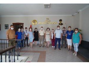 CHP'Lİ KADINLARDAN BAŞKAN TOKAT'A ZİYARET