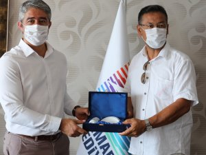 DOĞU TÜRKİSTAN MECLİS BAŞKANI'NDAN MARMARİSE ZİYARET