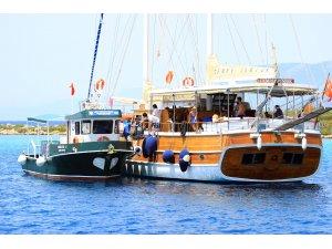 Bayram Tatilinde Teknelerden 109 bin 230 Kilo Katı Atık Toplandı