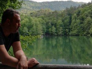 Yazar Fatih Şeker 'Bir Aşk Devrimi' adlı kitabını anlatıyor