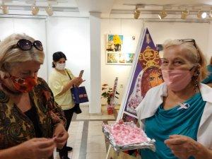 CHP'li Kadınlardan meme kanseri farkındalığı