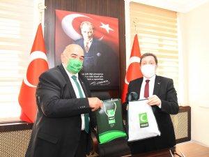 Vali Orhan Tavlı'ya Yeşilay Haftası Dolayısıyla Ziyaret