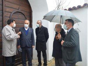 İl Müdürü Bozçelik Roman Vatandaşlarımızın yoğun yaşadığı mahallelerde incelemelerde bulundu