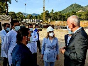 Milletvekili Gökcan Devlet Hastanesi İnşaatını İnceledi