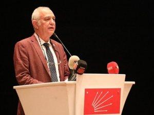 """Zeybekoğlu; """"Ekmek aslanın ağzında değil yandaşın midesinde"""""""