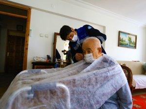Muğla Büyükşehir'den İhtiyaç Sahiplerine Bayram Tıraşı