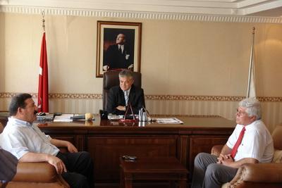 CHP MUĞLA MİLLETVEKİLİ TOPUZ BAŞKAN ACAR'I ZİYChp Muğla Milletvekili Topuz Başkan Acar'ı Ziyaret Etti ARET ETTİ