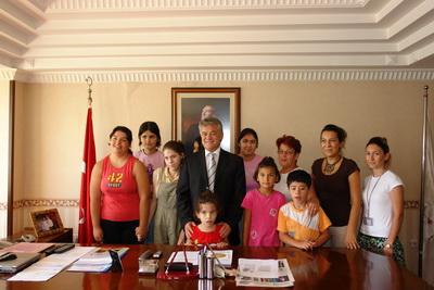 Özel Çocuklardan Başkan Acar'a Teşekkür