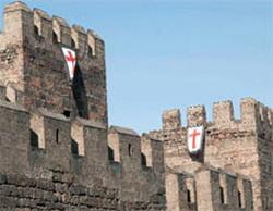 Kayserililer Haçlı bayrağı indirdi!