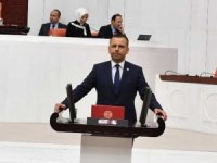CHP'li Erbay: Fikri ve vicdanı hür nesillerin yetiştiricisi öğretmenlerimizin Öğretmenler Günü'nü kutlarım
