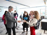 Mehmet Oktay Kadınlar Günü'nü Kutladı