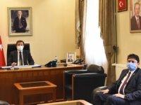 Doğa Koruma ve Milli Parklar Müdürlüğü Görevine Atanan Ömer Kahraman, Vali Orhan Tavlı'yı Ziyaret Etti