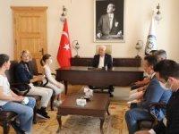 Muğla Büyükşehir Konservatuarı'nın Başarılı Öğrencilerinden Başkan Gürün'e Ziyaret