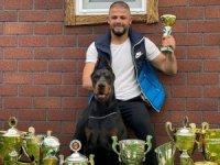 Dünyanın en ünlü köpek eğitmeni bir Türk: Erdem Ayaz